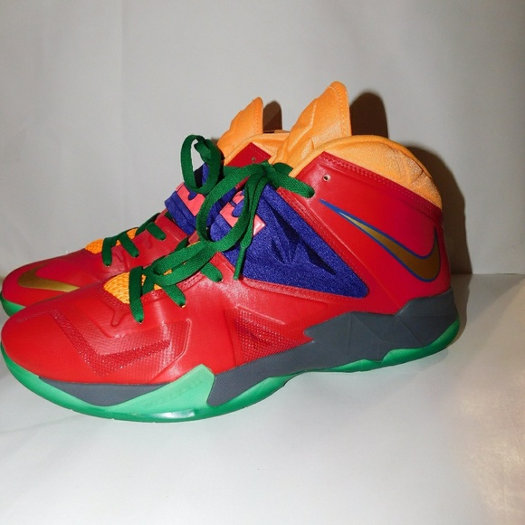 low priced 6bf5e 125a5 LEBRON JAMES NIKE ZOOM SOLDIER VII sneakers. Sz 13.  M 5bac4454d6dc527dbb3778af